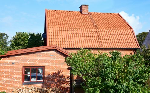Family House in Fladie, Malmo, Roof, Cavus Nature red